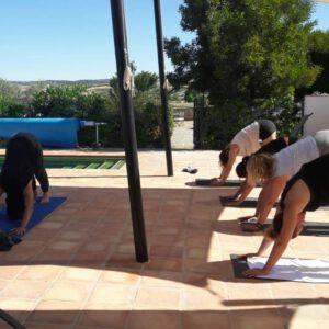 yoga op workation Spanje